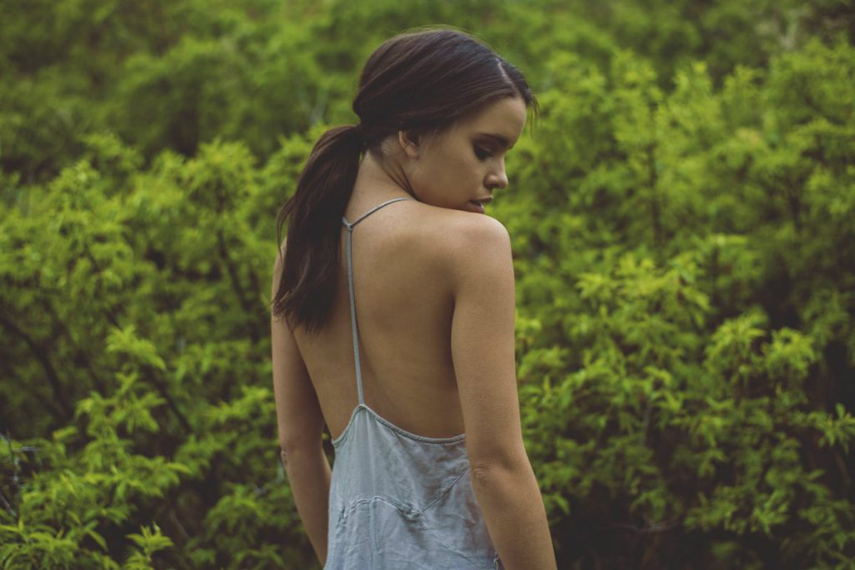 7 signs that you force yourself to love someone