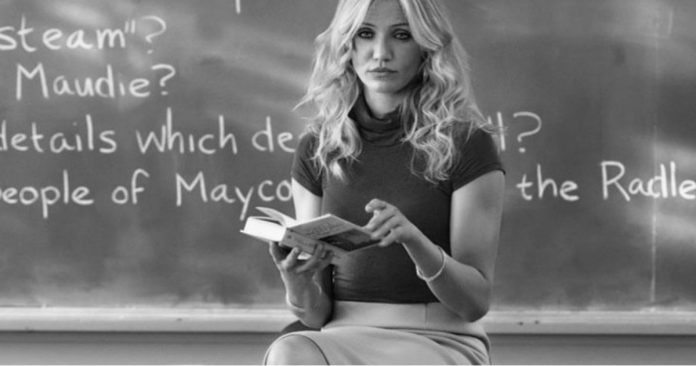 12 Amazing Reasons Why You Should Date A Teacher