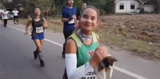 Marathon Runner Finds Abandoned Puppy During Race And Carries Him For 19 Miles