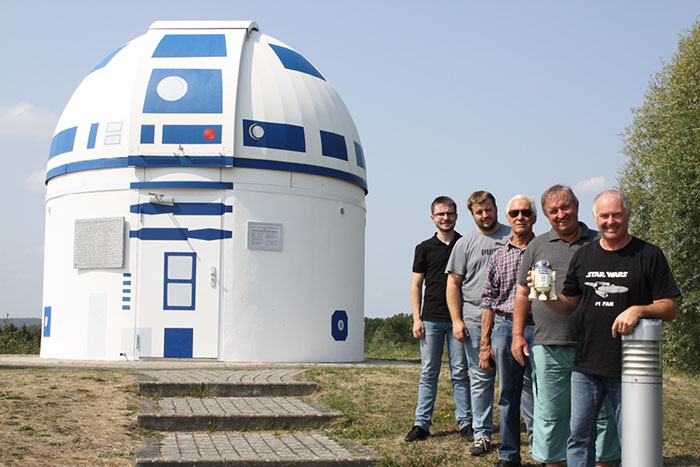 R2-D2 Observatory with scientists