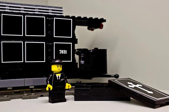 Historische Leichentram aus LEGO(R) Komponenten