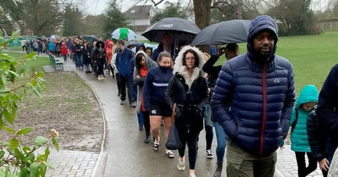 Nearly 5,000 People Stand In Rain For Hours To Save Boy With Cancer
