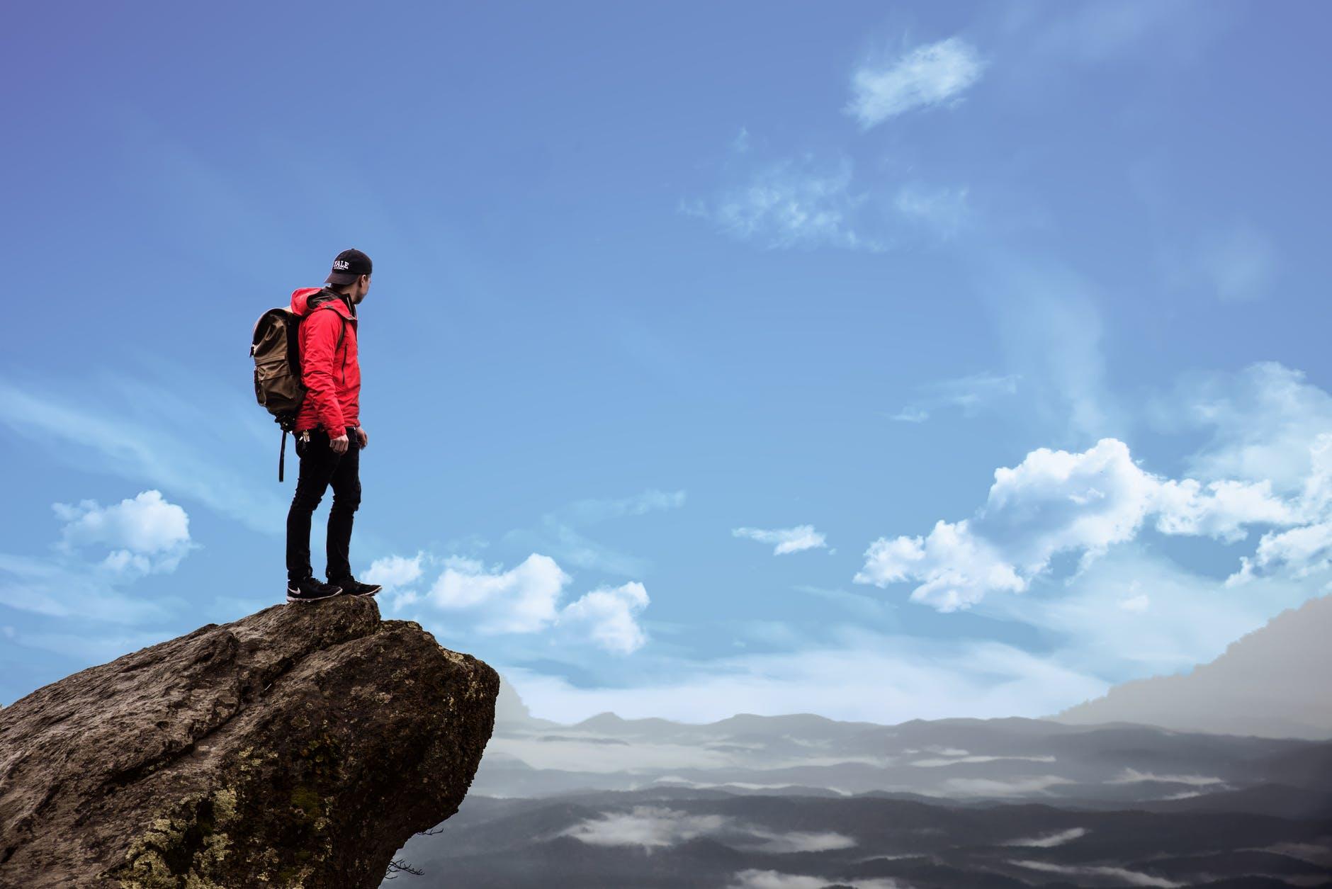 Five Hiking Tips For Those Who Like To Hike Alone