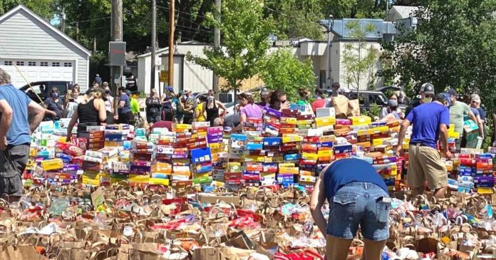 Calls For Food Donations In Minneapolis Receive Overwhelming Responses